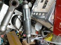 شفت بغل گیربکس تراکتور رومانی در ساری در گروه خرید فروش ابزار ها و تجهیزات کشاورزی - دستی برقی ماشینی بیل کلنگ در یکمیوه